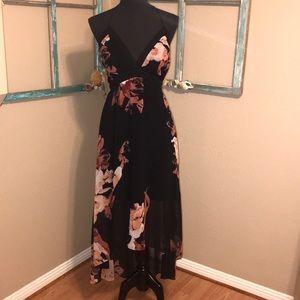 WHBM MAXI HALTER DRESS ❤️😘❤️